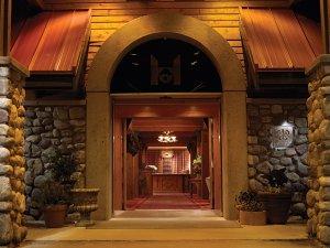 Lobby - Post Hotel Lake Louise