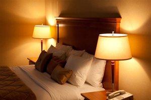 Room - Executive Royal Inn West Edmonton