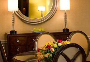 Suite - Marriott Hotel Greenbelt