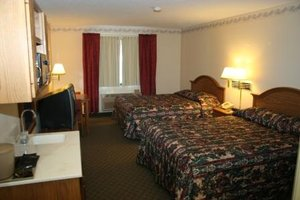 Room - Country Inn Deerwood