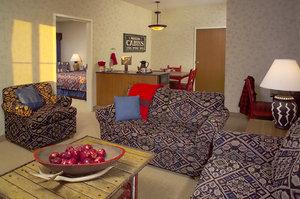 Room - Wildwood Lodge West Des Moines Clive