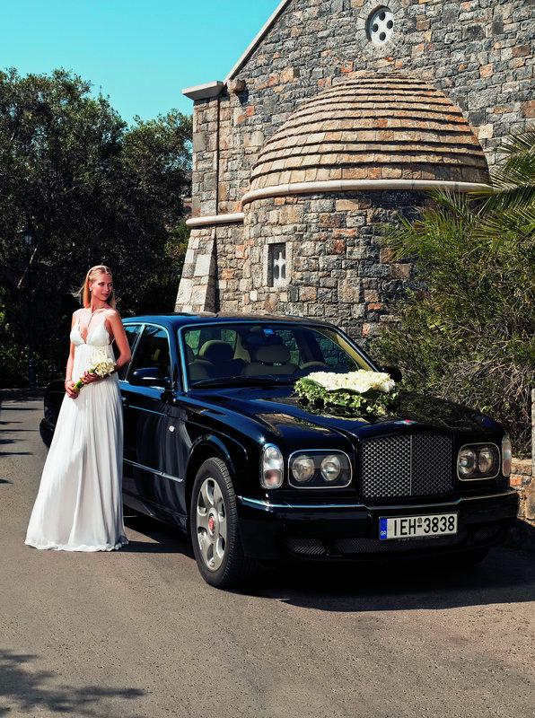 Plan your dream wedding in Elounda