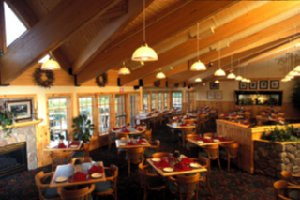 Restaurant - Superior Shores Resort Two Harbors