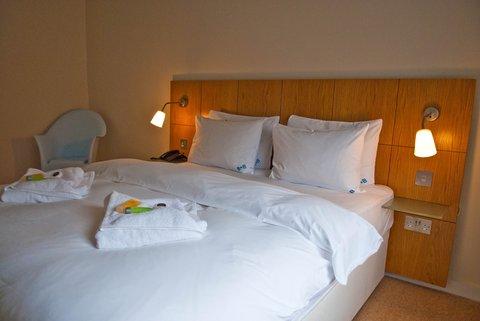 BBWeymouth Bedroom V