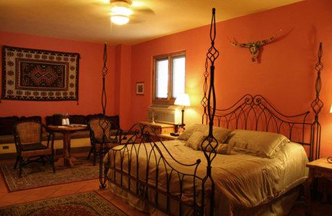 La Posada Guest Room 105