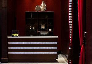- Renaissance by Marriott Pere Marquette Hotel