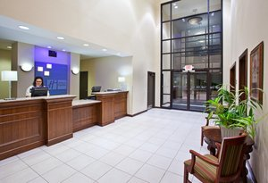 Lobby - Holiday Inn Express Hotel & Suites Cranberry
