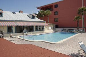 Pool - Gulf Towers Resort Motel Indian Rocks Beach