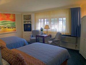 Room - Bay Shores Peninsula Hotel Newport Beach