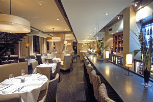 Restaurant - Hotel Place D'Armes Montreal