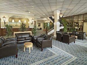 Lobby - Sandman Hotel Lethbridge
