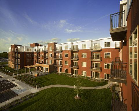 Edina Furnished Apartment Exterior