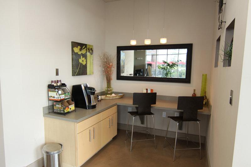 Morrisville Furnished Apartment Breakfast Nook