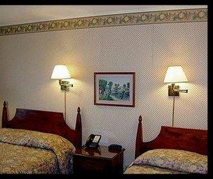 Room - West Road Motel Bennington