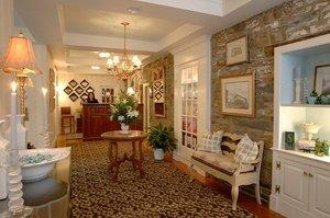 Lobby - Lambertville House Hotel