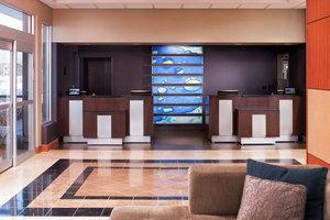 Lobby - Radisson Hotel Roseville