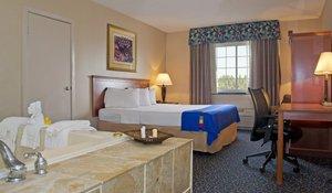 Suite - Park Inn by Radisson Mechanicsburg