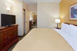 Suite - Country Inn & Suites by Radisson Newark Airport Elizabeth