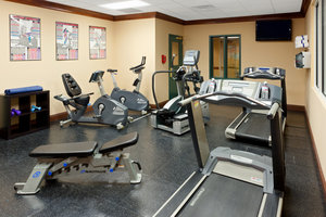 Fitness/ Exercise Room - Country Inn & Suites by Radisson Newark Airport Elizabeth