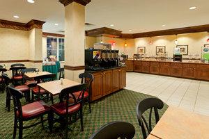 Restaurant - Country Inn & Suites by Radisson Newark Airport Elizabeth