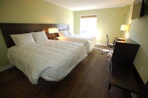 Room - Hotel Sync Bowling Green