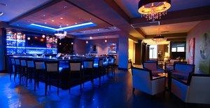 Bar - Holiday Inn Express Hotel & Suites Olathe