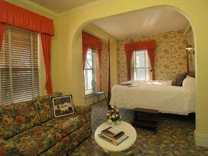 Room - Sandaway Suites & Beach Oxford