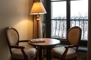 Room - Auberge du Vieux-Port Hotel Montreal
