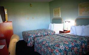 Room - Fireside Inn & Suites Auburn