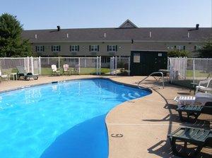Pool - Fireside Inn & Suites Auburn