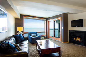 Room - Beacon Pointe Resort Duluth