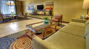 Lobby - Holiday Inn Express Hotel & Suites Canonsburg