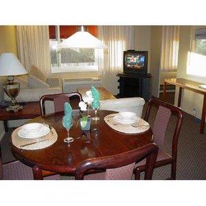 Room - La Residence Suite Hotel Bellevue