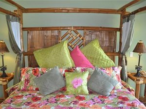 Suite - Palms Cliff House Inn Honomu