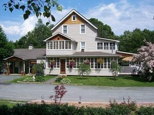 Exterior view - Lazy Pond Bed and Breakfast Inn Liberty