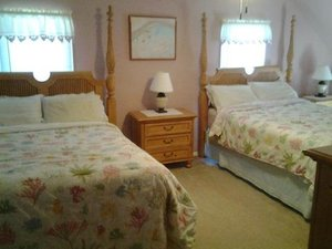 Room - Lazy Pond Bed and Breakfast Inn Liberty