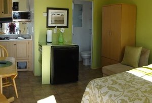 Room - Arden Acres Extended Stay Cottages Sacramento