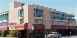 Exterior view - Bay Shores Peninsula Hotel Newport Beach