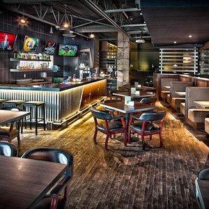 Bar - Norsemen Inn Camrose