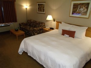 Suite - Humphry Inn & Suites Winnipeg