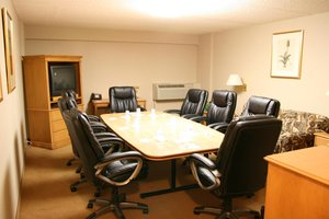 Meeting Facilities - Humphry Inn & Suites Winnipeg