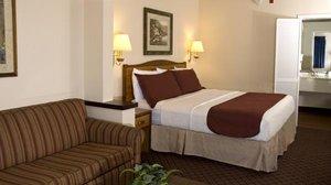 Room - Arbor Suites Medical Mile Springfield