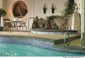 Pool - Anchorage Inn Portsmouth