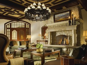 Lobby - Arrabelle at Vail Square Resort