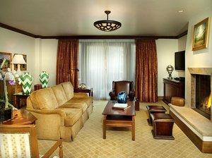 Room - Arrabelle at Vail Square Resort