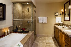 Suite - Arrabelle at Vail Square Resort