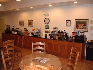 Lobby - Brookside Inn & Suites White City
