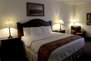 Room - Brookside Inn & Suites White City