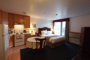 Room - Executive House Suites High Level