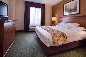 Suite - Drury Inn & Suites West Des Moines